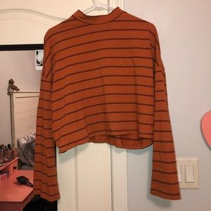 Forever 21 Cropped Long Sleeve